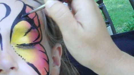 Butterfly Face Painting Design Step 5