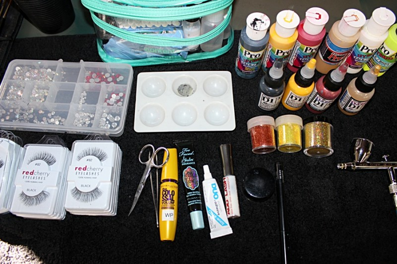 Airbrush face painting getting started face paint shop for Face paints supplies